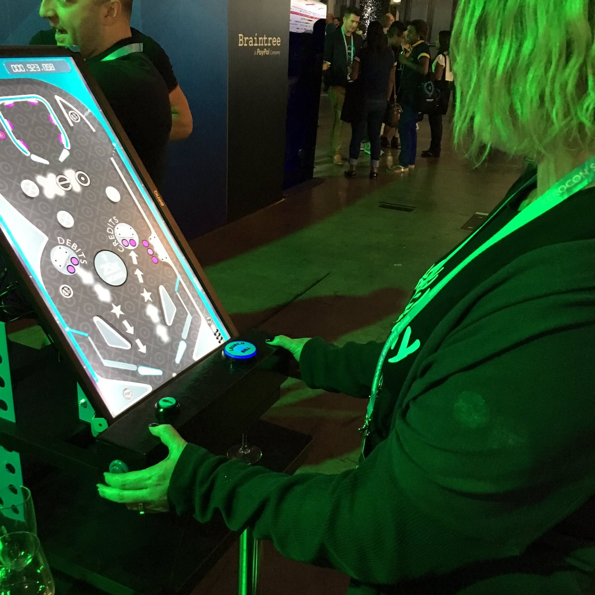 Alien Abduction Unit :: Virtual Pinball Machines